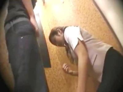 ちんちんイヤァァッッ!可愛らしい店員を試着室で犯す☆☆エロい下着姿盗み撮りの鬼畜Play!